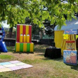 giochi luna park- tiro al bersaglio- lancio ad anelli- carretto pop corn